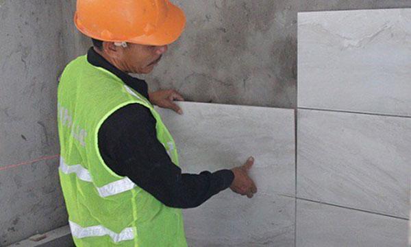 [Giải đáp] Có nên sử dụng gạch ốp tường chống thấm hay không 3
